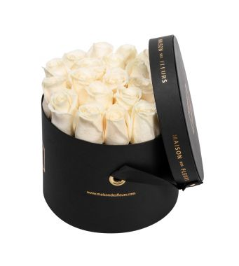 Creme Roses in 20x15cm Black Round MDF Box