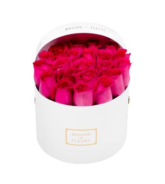 Fushia Roses in 20x15cm White Round MDF Box