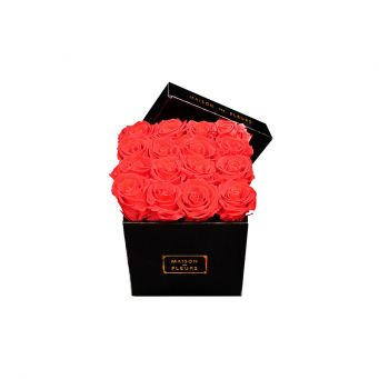 16 long life roses in mdf black small square box