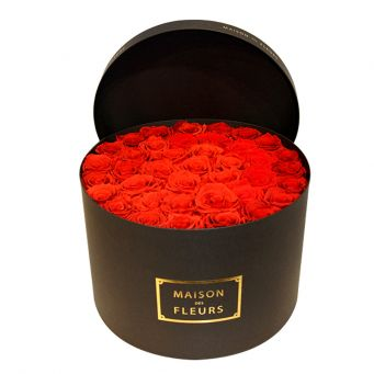 33 long life roses in mdf black round box