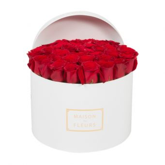 33 long life roses in mdf white round box
